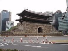 ソウル東大門.jpg