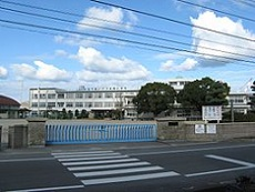 260px-Imabari_city_Onishi_elem-sch.jpg